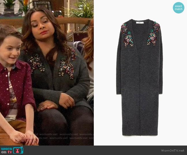Zara Long Bejewelled Cardigan worn by Raven Baxter (Raven-Symoné) on Ravens Home