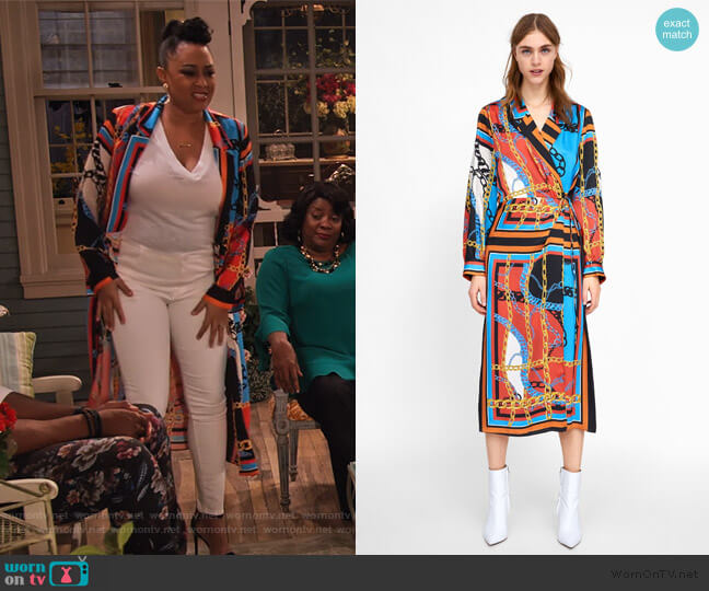 Chain Print Dress by Zara worn by Cocoa McKellan (Tia Mowry-Hardrict) on Family Reunion