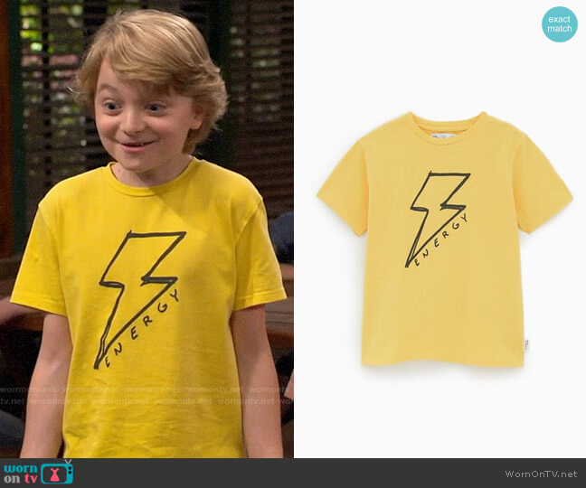 Zara Boys Lightning T-shirt worn by Finn Sawyer (Will Buie Jr) on Bunkd