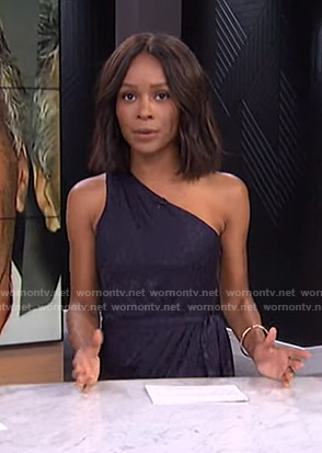 Zuri's navy one-shoulder dress on E! News