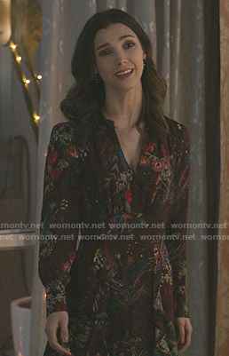 Alicia's floral v-neck dress on Grand Hotel