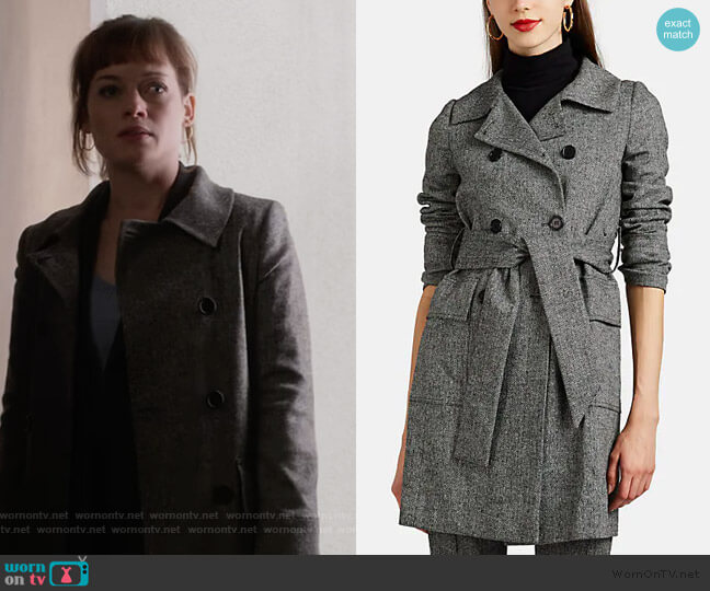 Herringbone Trench Coat by Barneys New York worn by Lisa Donovan (Jane Levy) on What/If