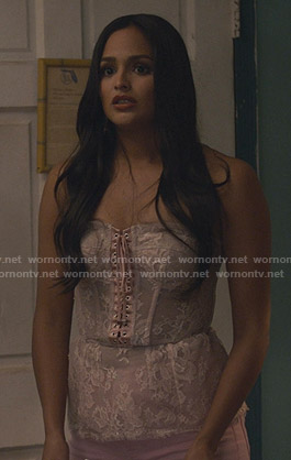 Carolina's pink lace-up corset on Grand Hotel