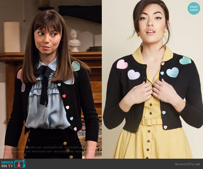 Short and Sweetheart Cropped Cardigan by Collectif at Modcloth worn by Molly (Lauren Lindsey Donzis) on No Good Nick