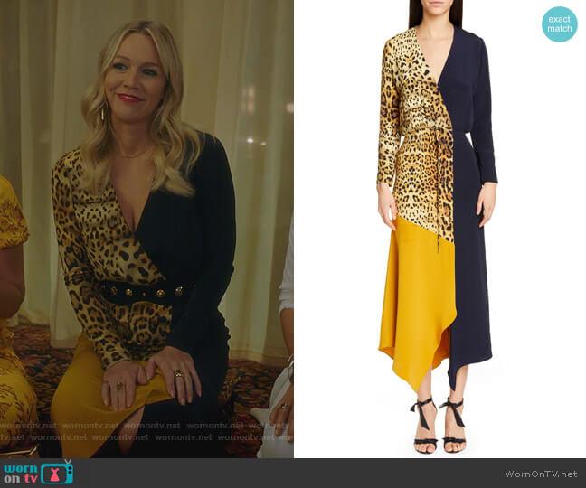 Leopard Colorblock Long Sleeve Silk Dress by Cushnie worn by Jennie Garth  on BH90210