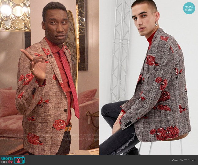 Heart & Dagger Skinny Blazer in Rose Check Print worn by Tony (Nathan Stewart-Jarrett) on Four Weddings & a Funeral