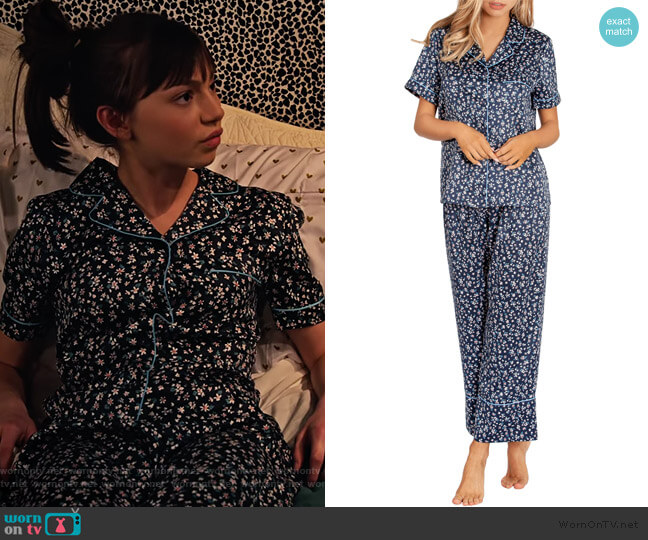 Satin Crop Pajamas by In Bloom by Jonquil worn by Molly (Lauren Lindsey Donzis) on No Good Nick
