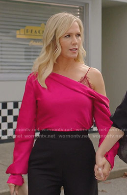 Jennie's pink one-shoulder top on BH90210