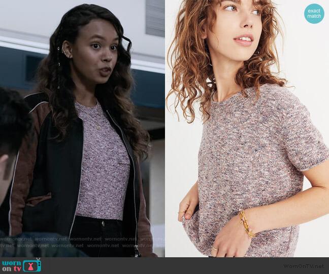 Pocket Tee Sweater by Madewell worn by Jessica Davis (Alisha Boe) on 13 Reasons Why