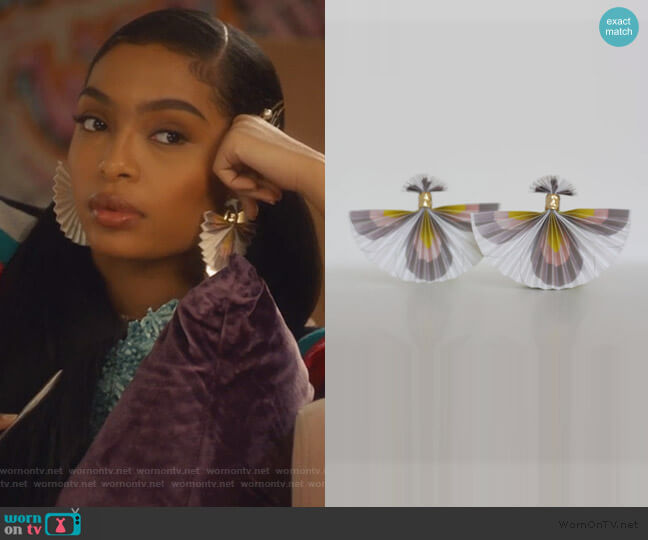Pretty Wings Elegant Little Things by Mas & Nobu worn by Zoey Johnson (Yara Shahidi) on Grown-ish