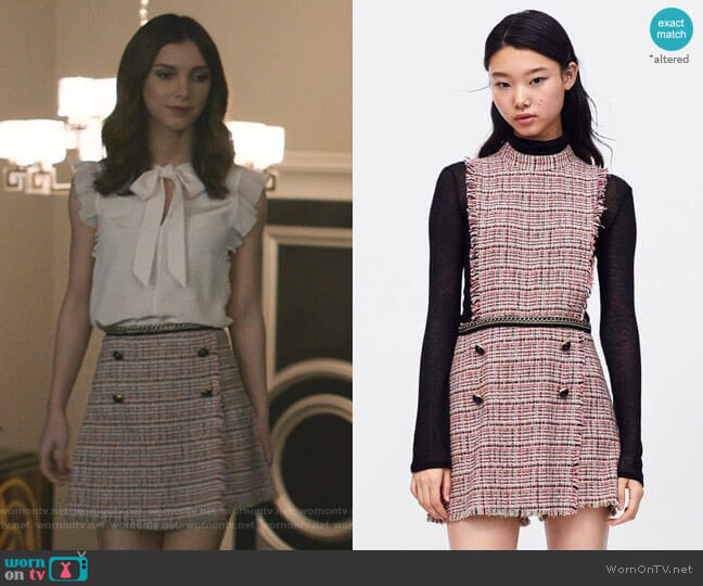 Tweed Playsuit with Chain Detail by Zara worn by Alicia Mendoza (Denyse Tontz) on Grand Hotel