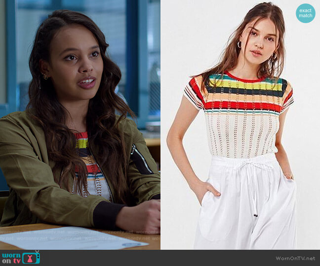 Angele Striped Pointelle Sweater Tee by Urban Outfitters worn by Jessica Davis (Alisha Boe) on 13 Reasons Why