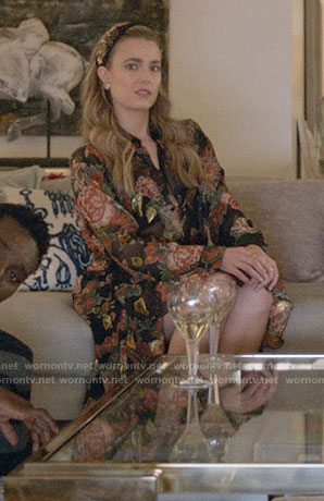 Ainsley's green scalloped trim coat on Four Weddings and a Funeral