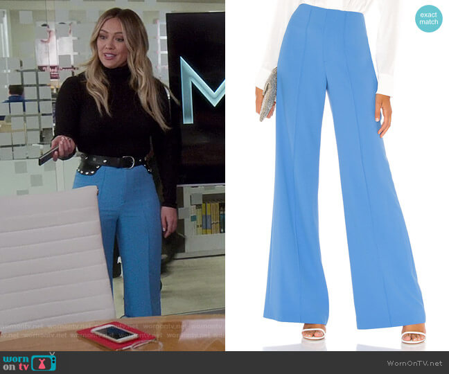 Dylan Pants by Alice + Olivia  worn by Kelsey Peters (Hilary Duff) on Younger