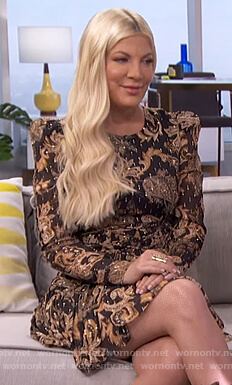 Tori Spelling's floral corset dress on E! News Daily Pop