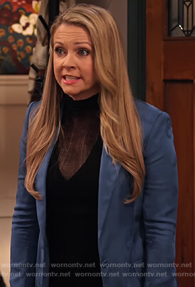 Liz's blue blazer and sheer top on No Good Nick