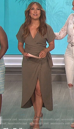 Carrie's brown wrap dress on The Talk