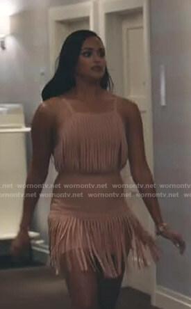 Carolina's pink fringed dress on Grand Hotel