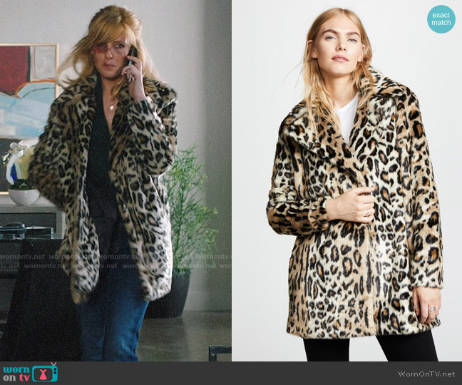 Frame Notched Collar Fur Coat worn by Beth Dutton (Kelly Reilly) on Yellowstone