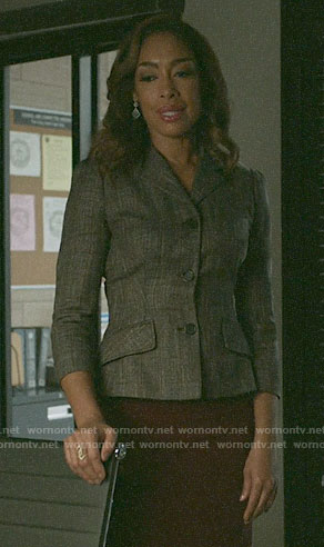 Jessica's grey jacket on Pearson