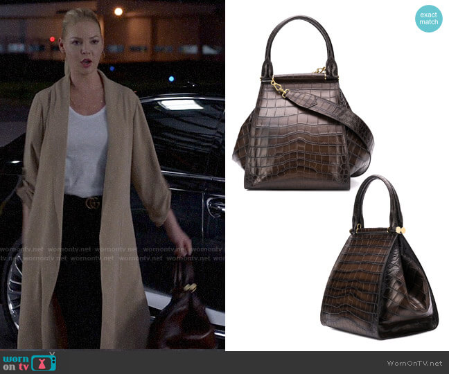 Max Mara Crocodile Effect Tote worn by Samantha Wheeler (Katherine Heigl) on Suits