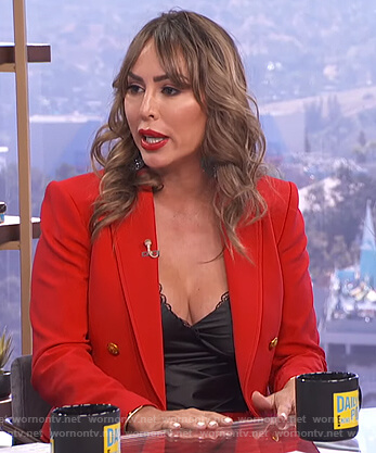 Kelly Dodd's red blazer and pants on E! News Daily Pop