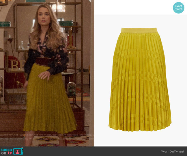 Ted Baker Kkoreli Pleated Satin Midi Skirt worn by Ainsley Howard (Rebecca Rittenhouse) on Four Weddings & a Funeral