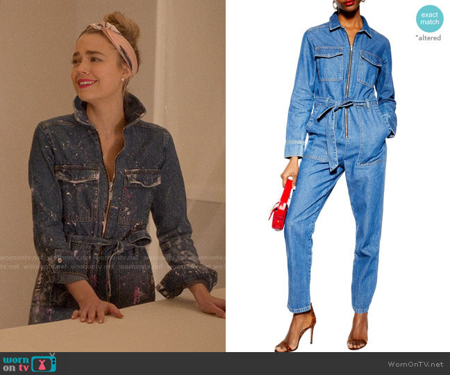 Topshop Denim Utility Boilersuit worn by Ainsley Howard (Rebecca Rittenhouse) on Four Weddings & a Funeral