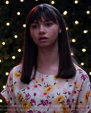 Molly's floral print top on No Good Nick