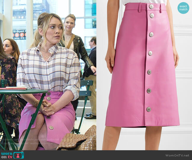 Leather Midi Skirt by Balenciaga worn by Kelsey Peters (Hilary Duff) on Younger