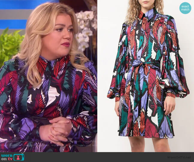 Feather Print Shirt Dress with Tie Waist by Carolina Herrera worn by Kelly Clarkson  on The Kelly Clarkson Show