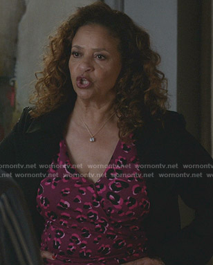 Catherine's purple leopard print wrap dress on Greys Anatomy