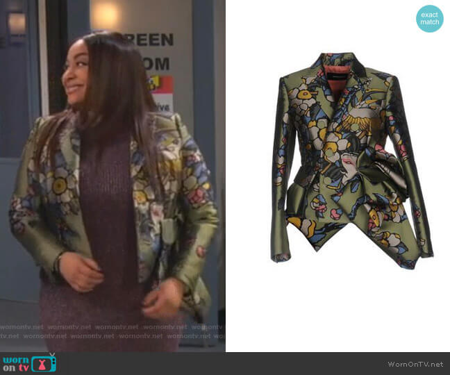 Jacquard Blazer by Dsquared2 worn by Raven Baxter (Raven-Symoné) on Ravens Home