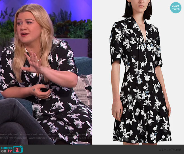 Floral Crepe Minidress by Derek Lam worn by Kelly Clarkson  on The Kelly Clarkson Show