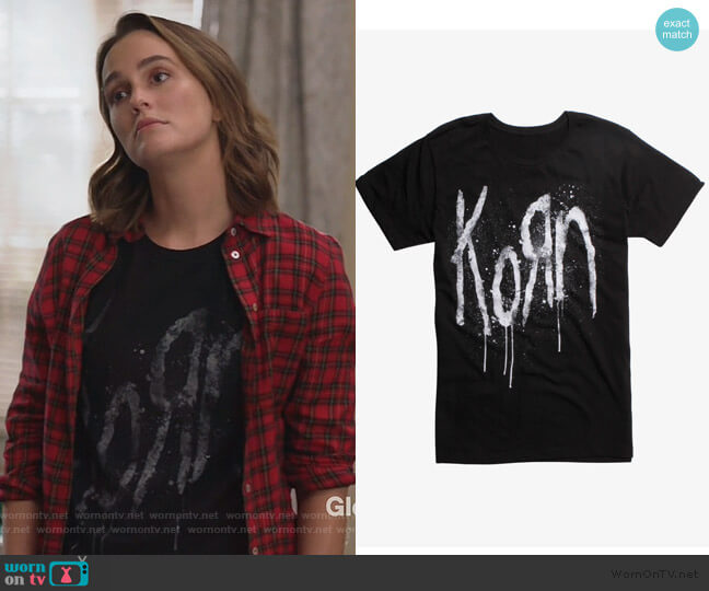 Still A Freak Korn T-shirt worn by Angie (Leighton Meester) on Single Parents