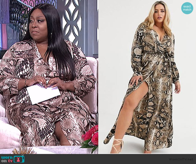 Plus Plunge Maxi Dress in Snake Print by Missguided by ASOS worn by Loni Love  on The Real