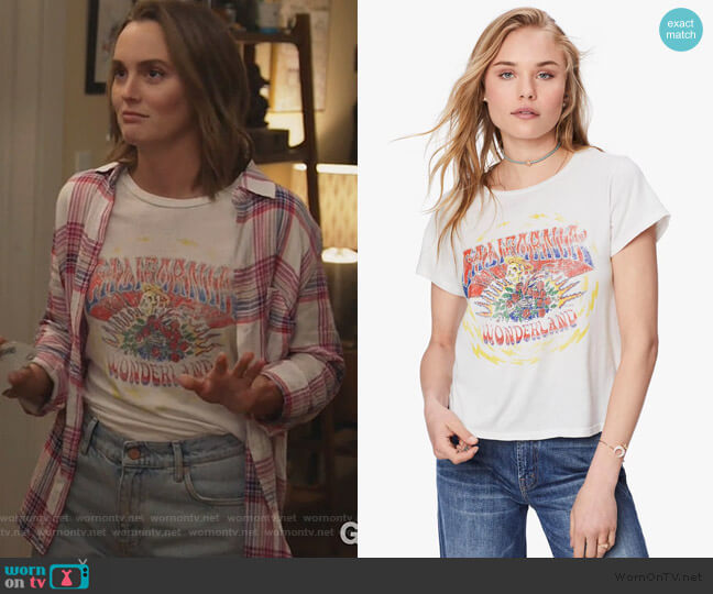 Lil Goodie Goodie California Graphic Tee by Mother worn by Angie (Leighton Meester) on Single Parents