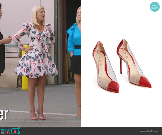 Cendi Pump by Schutz worn by Tori Spelling  on BH90210