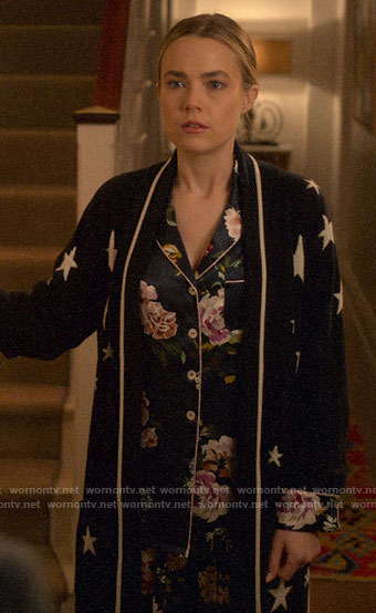 Ainsley's floral pajamas and star print robe on Four Weddings and a Funeral