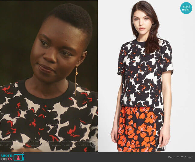 Joan Silk Top by A.L.C. worn by Mina Okafor (Shaunette Renee Wilson) on The Resident