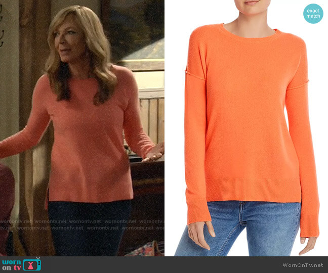Aqua High/Low Cashmere Sweater worn by Bonnie Plunkett (Allison Janney) on Mom