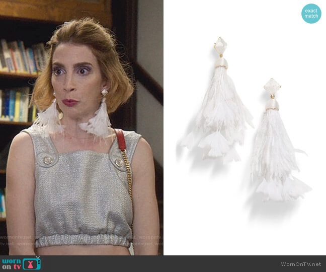 Sesilia Feather Drop Earrings by Baublebar worn by Lauren (Molly Bernard) on Younger