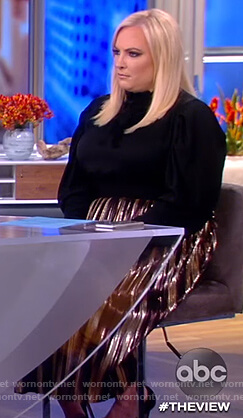 Meghan's metallic pleated skirt on The View