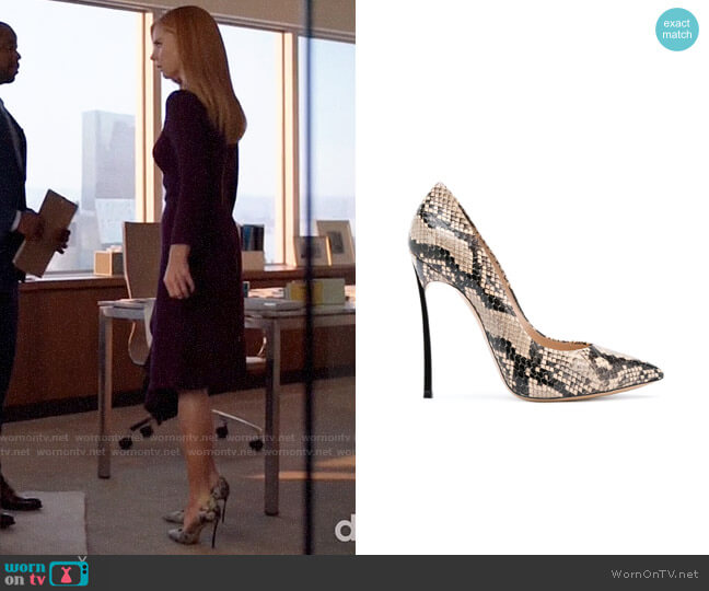 Casadei Blade Snake Pumps worn by Donna Paulsen (Sarah Rafferty) on Suits