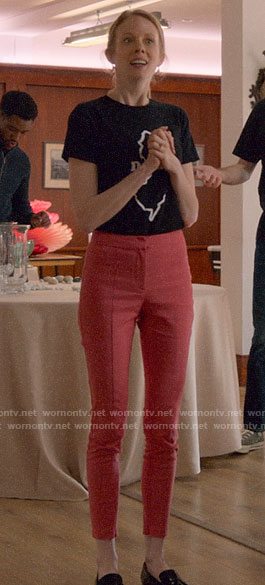 Gemma's pink skinny pants on Four Weddings and a Funeral