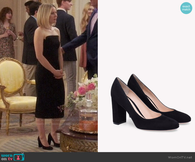 Gianvito Rossi Linda Pumps worn by Eleanor Shellstrop (Kristen Bell) on The Good Place