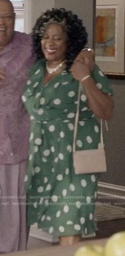Lynette's green polka dot dress on Black-ish