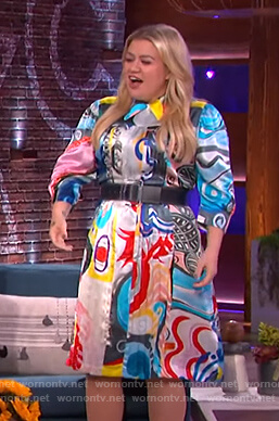 Kelly's satin print shirtdress on The Kelly Clarkson Show