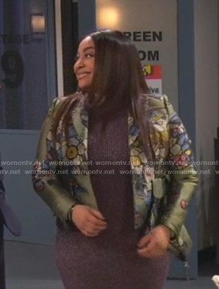 Raven's green floral blazer on Ravens Home