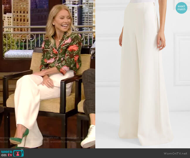 Uppingham Cady Wide-Leg Pants by Roland Mouret worn by Kelly Ripa  on Live with Kelly & Ryan